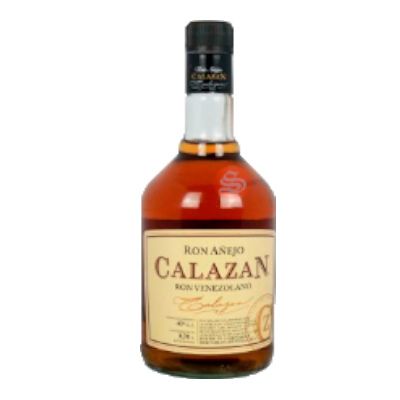 Ron añejo Calazán por Spirits International